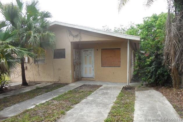 10250 SW 181st St, Miami, FL 33157 (MLS #A10690975) :: EWM Realty International