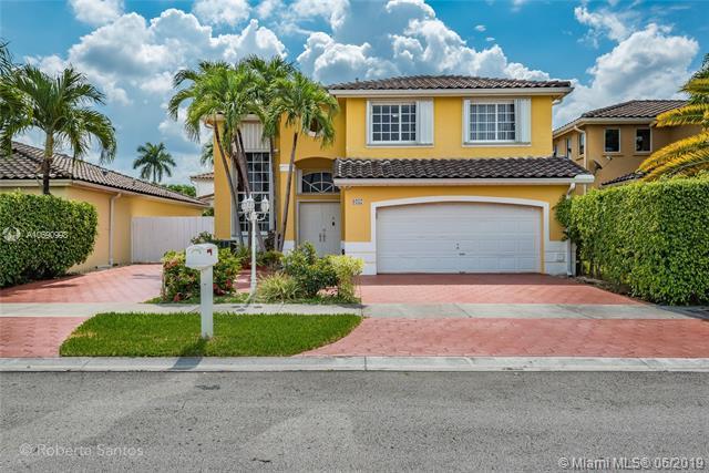 9257 SW 157th Path, Miami, FL 33196 (MLS #A10690998) :: EWM Realty International