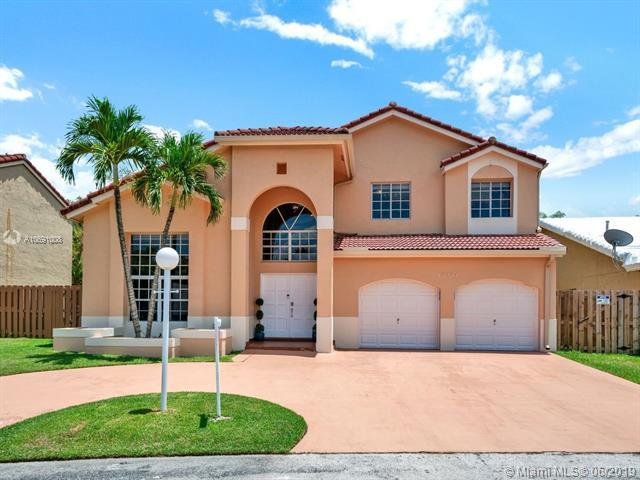 15984 SW 110th St, Miami, FL 33196 (MLS #A10691008) :: The Paiz Group