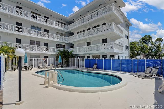 11685 Canal Dr #209, North Miami, FL 33181 (MLS #A10691231) :: The Riley Smith Group