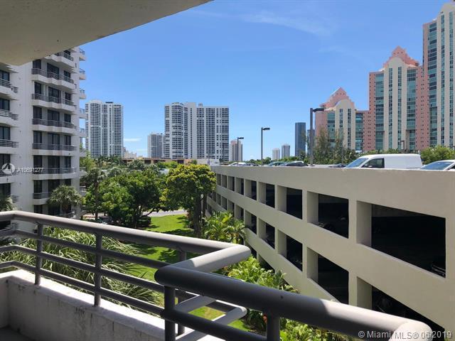 3300 NE 191st St #418, Aventura, FL 33180 (MLS #A10691277) :: RE/MAX Presidential Real Estate Group