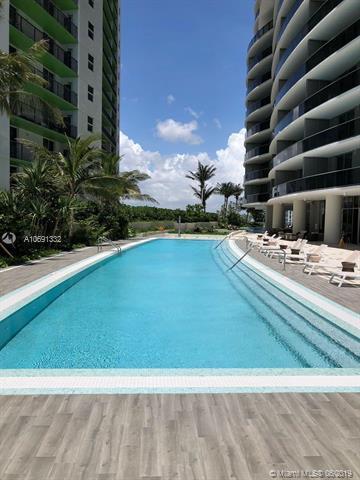 488 NE 18th St #2700, Miami, FL 33132 (MLS #A10691332) :: The Adrian Foley Group