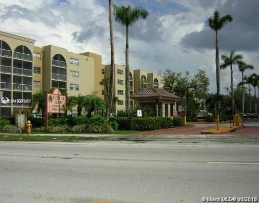 6940 Miami Gardens Dr 1-316, Hialeah, FL 33015 (MLS #A10691417) :: Lucido Global