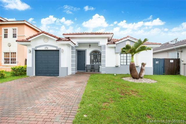 13591 SW 176th Ter, Miami, FL 33177 (MLS #A10691453) :: EWM Realty International