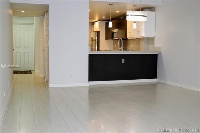 2029 N Ocean Blvd #404, Fort Lauderdale, FL 33305 (MLS #A10691494) :: Berkshire Hathaway HomeServices EWM Realty