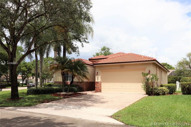 6503 Flamingo Way, Coconut Creek, FL 33073 (MLS #A10691521) :: Castelli Real Estate Services