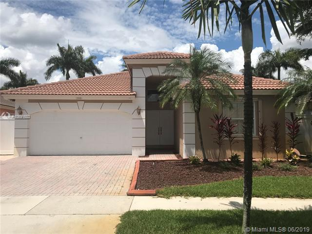 13081 SW 49th Ct, Miramar, FL 33027 (MLS #A10691683) :: RE/MAX Presidential Real Estate Group