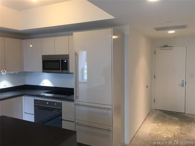 1010 Brickell Ave #1409, Miami, FL 33131 (MLS #A10691747) :: EWM Realty International