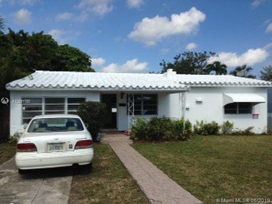 345 NE 112th St, Miami, FL 33161 (MLS #A10691780) :: EWM Realty International