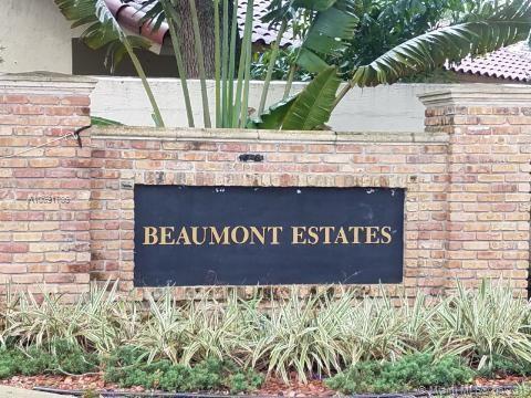 1230 SW 65th Ave, Plantation, FL 33317 (MLS #A10691786) :: EWM Realty International
