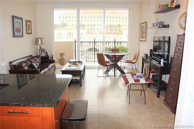 4100 Salzedo St #618, Coral Gables, FL 33146 (MLS #A10691865) :: Berkshire Hathaway HomeServices EWM Realty