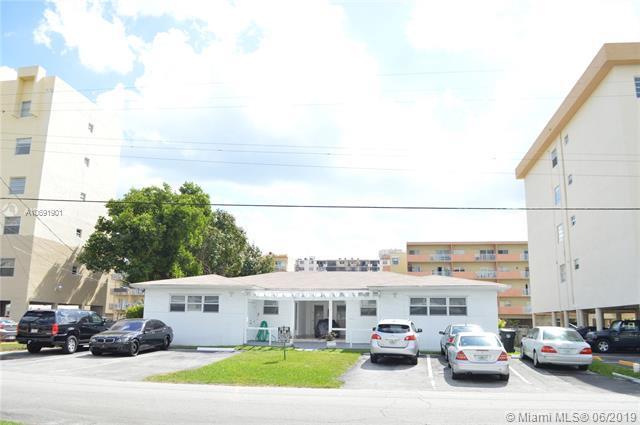 3566 NE 168th St #3, North Miami Beach, FL 33160 (MLS #A10691901) :: Laurie Finkelstein Reader Team