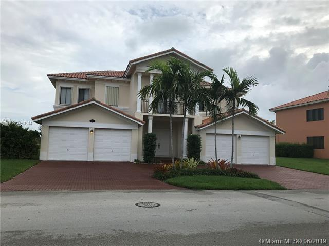 7767 SW 188 Street, Cutler Bay, FL 33157 (MLS #A10691914) :: The Kurz Team