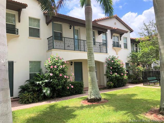 11841 SW 26th St, Miramar, FL 33025 (MLS #A10691922) :: Grove Properties