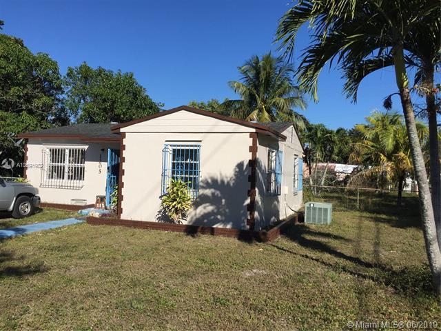 3852 NW 176th Ter, Miami Gardens, FL 33055 (MLS #A10691982) :: The Paiz Group