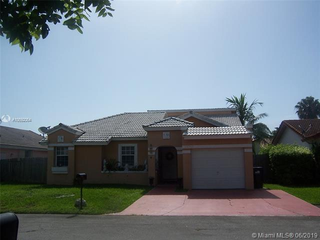 20745 SW 86th Ct, Cutler Bay, FL 33189 (MLS #A10692064) :: The Riley Smith Group