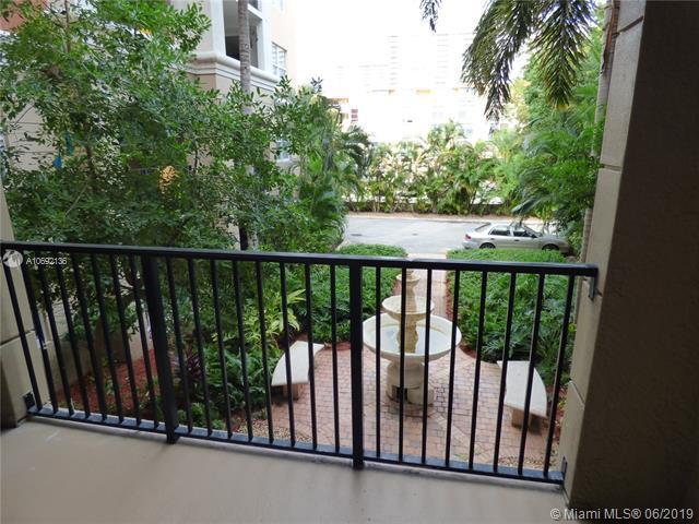 17145 N Bay Rd #4201, Sunny Isles Beach, FL 33160 (MLS #A10692136) :: Green Realty Properties