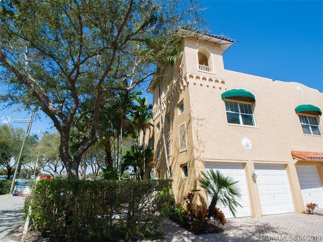634 NE 13th Ave, Fort Lauderdale, FL 33304 (MLS #A10692343) :: Berkshire Hathaway HomeServices EWM Realty