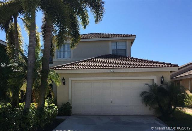 17656 SW 32nd St, Miramar, FL 33029 (MLS #A10692399) :: Green Realty Properties