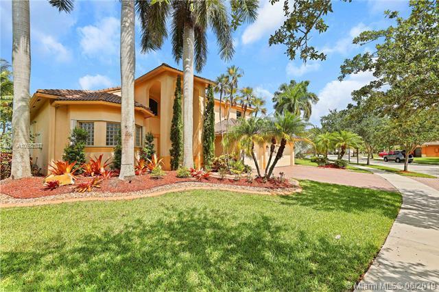 1018 Waterside Cir, Weston, FL 33327 (MLS #A10692537) :: The Riley Smith Group