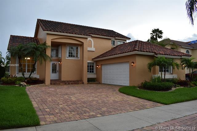 641 Spinnaker, Weston, FL 33326 (MLS #A10692583) :: Green Realty Properties