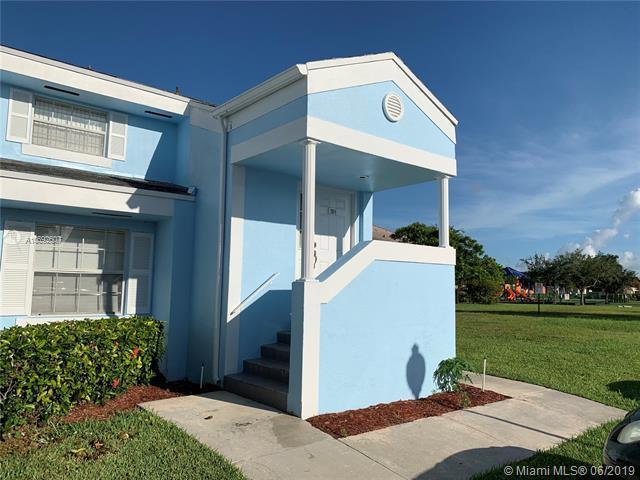 2014 SE 26th Ln #207, Homestead, FL 33035 (MLS #A10692607) :: The Brickell Scoop