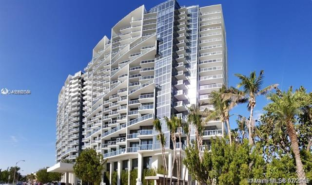 2201 Collins Ave #335, Miami Beach, FL 33139 (MLS #A10692744) :: Ray De Leon with One Sotheby's International Realty