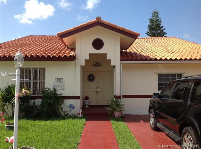 13881 SW 158th Ter, Miami, FL 33177 (MLS #A10693050) :: Castelli Real Estate Services