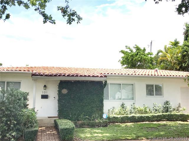 101 Sarto Ave, Coral Gables, FL 33134 (MLS #A10693068) :: The Riley Smith Group