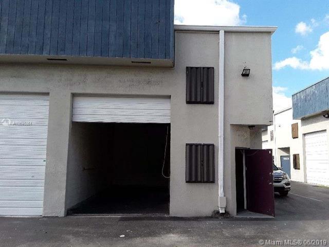 12164 SW 131st Ave, Miami, FL 33186 (MLS #A10693351) :: Castelli Real Estate Services
