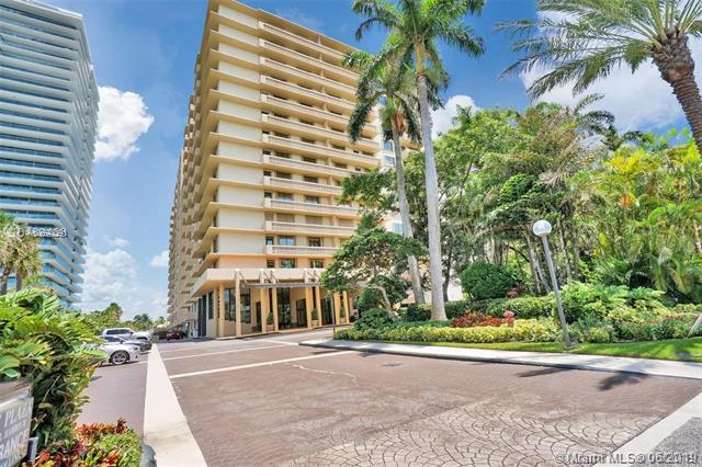 10185 Collins Ave #1010, Bal Harbour, FL 33154 (MLS #A10693391) :: Grove Properties