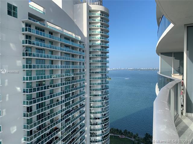 488 NE 18 St #3001, Miami, FL 33132 (MLS #A10693392) :: Grove Properties