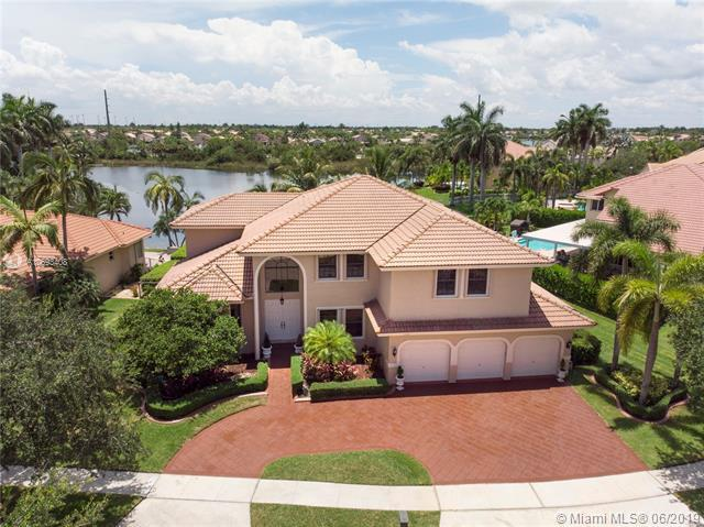 17378 SW 13th St, Pembroke Pines, FL 33029 (MLS #A10693408) :: The Teri Arbogast Team at Keller Williams Partners SW