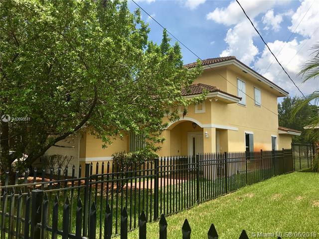 5012 SW 23rd St, West Park, FL 33023 (MLS #A10693511) :: Berkshire Hathaway HomeServices EWM Realty