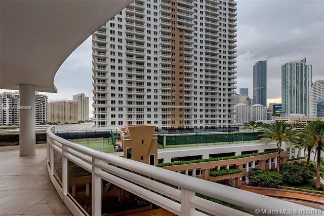 901 Brickell Key Blvd #809, Miami, FL 33131 (MLS #A10693659) :: The Brickell Scoop
