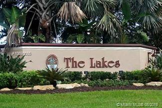 763 Lake Blvd, Weston, FL 33326 (MLS #A10693665) :: Green Realty Properties