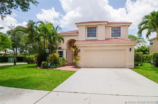 13288 NW 18th Ct, Pembroke Pines, FL 33028 (MLS #A10693672) :: Grove Properties