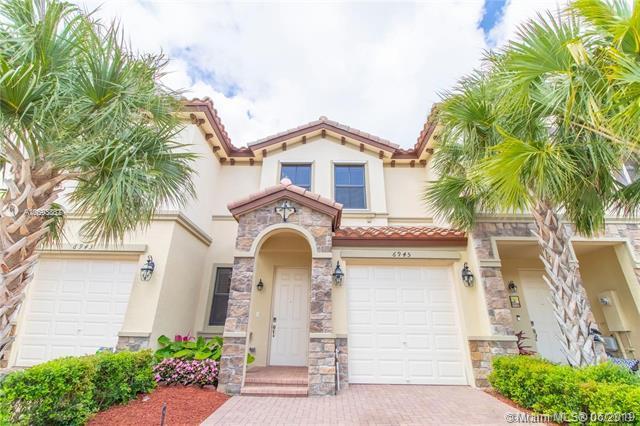 6945 Broadland Way #6945, Coconut Creek, FL 33073 (MLS #A10693852) :: Berkshire Hathaway HomeServices EWM Realty