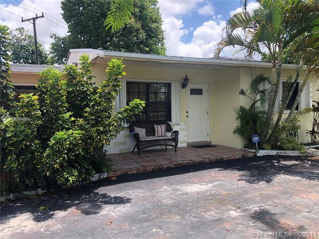 6545 SW 20th St, Miramar, FL 33023 (MLS #A10693994) :: Green Realty Properties