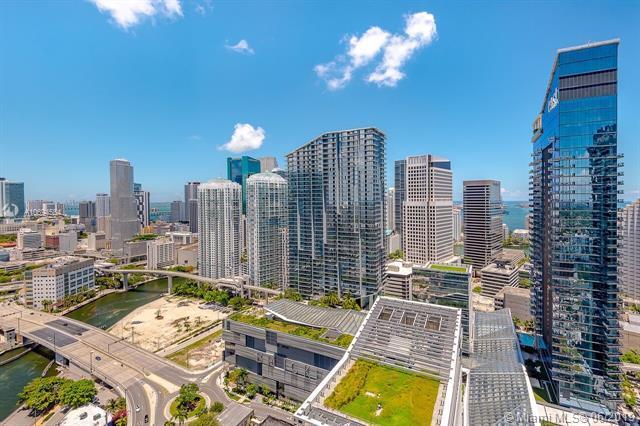 68 SE 6 #4110, Miami, FL 33131 (MLS #A10694564) :: Berkshire Hathaway HomeServices EWM Realty
