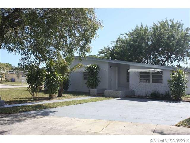 West Park, FL 33023 :: Berkshire Hathaway HomeServices EWM Realty