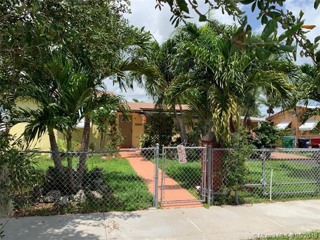 20230 SW 105th Avenue, Cutler Bay, FL 33189 (MLS #A10694680) :: The Riley Smith Group