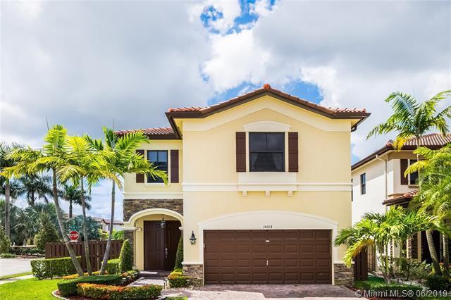 10014 NW 88th Ter, Doral, FL 33178 (MLS #A10694707) :: Grove Properties
