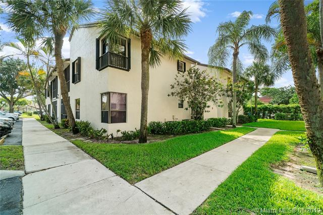 2586 N Carambola Cir N #1873, Coconut Creek, FL 33066 (MLS #A10694740) :: Grove Properties