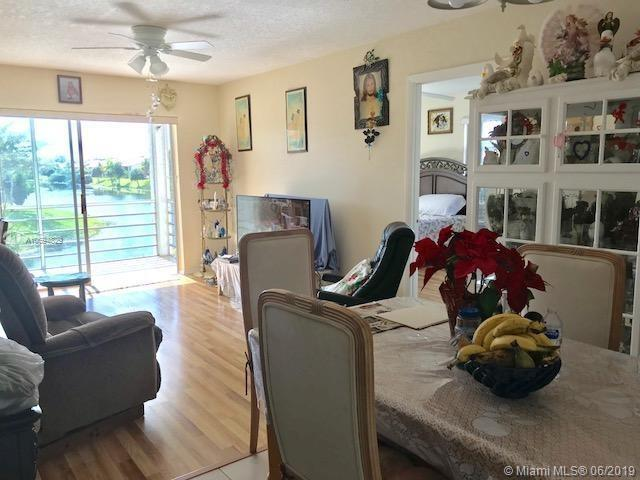 416 Lake Carol Dr #416, West Palm Beach, FL 33411 (MLS #A10694829) :: Laurie Finkelstein Reader Team