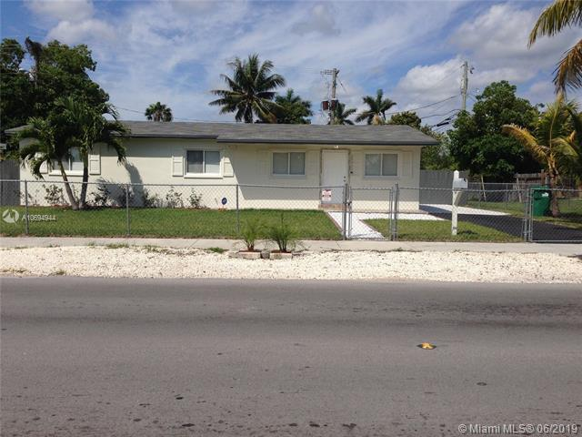 28440 SW 144th Ave, Homestead, FL 33033 (MLS #A10694944) :: Laurie Finkelstein Reader Team