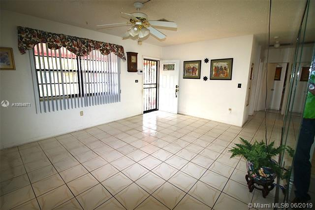 3370 NW 87th Ter, Miami, FL 33147 (MLS #A10694971) :: United Realty Group