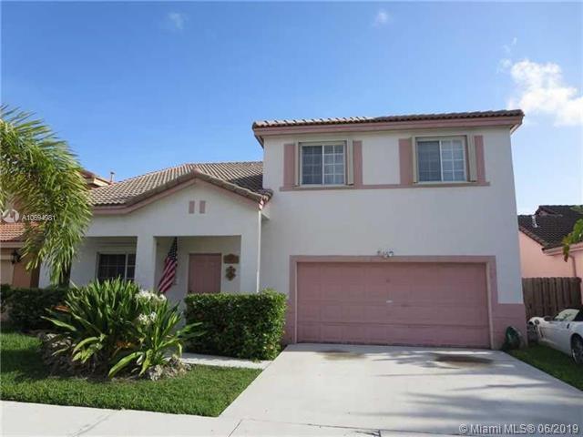 15859 SW 74th Ln, Miami, FL 33193 (MLS #A10694981) :: Grove Properties