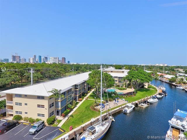 1200 SW 12th St #308, Fort Lauderdale, FL 33315 (MLS #A10695110) :: Berkshire Hathaway HomeServices EWM Realty