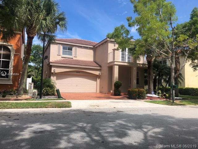 5002 SW 155th Ave, Miramar, FL 33027 (MLS #A10695204) :: Green Realty Properties